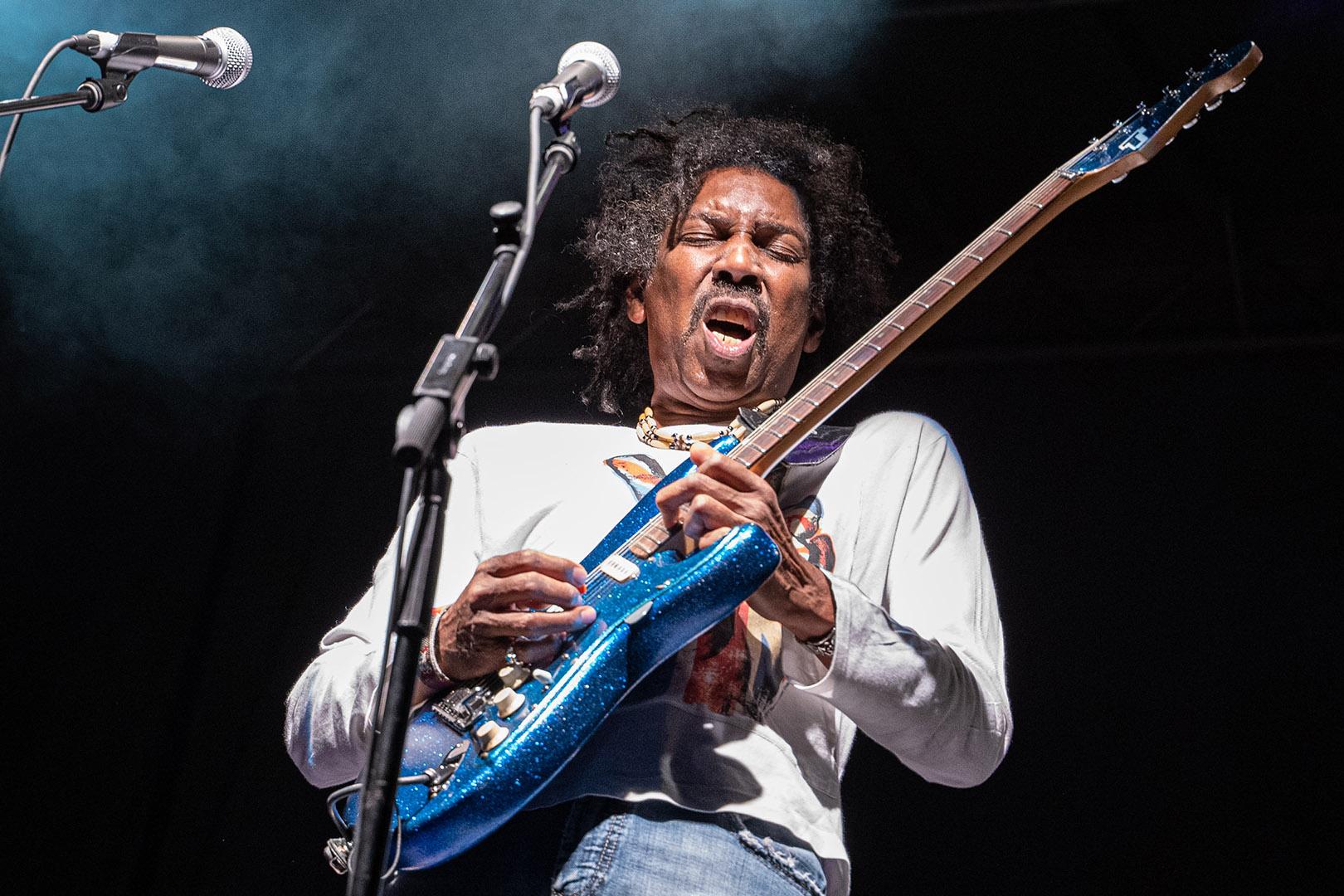 Annette Seip – Wild Guitarist – 2ND