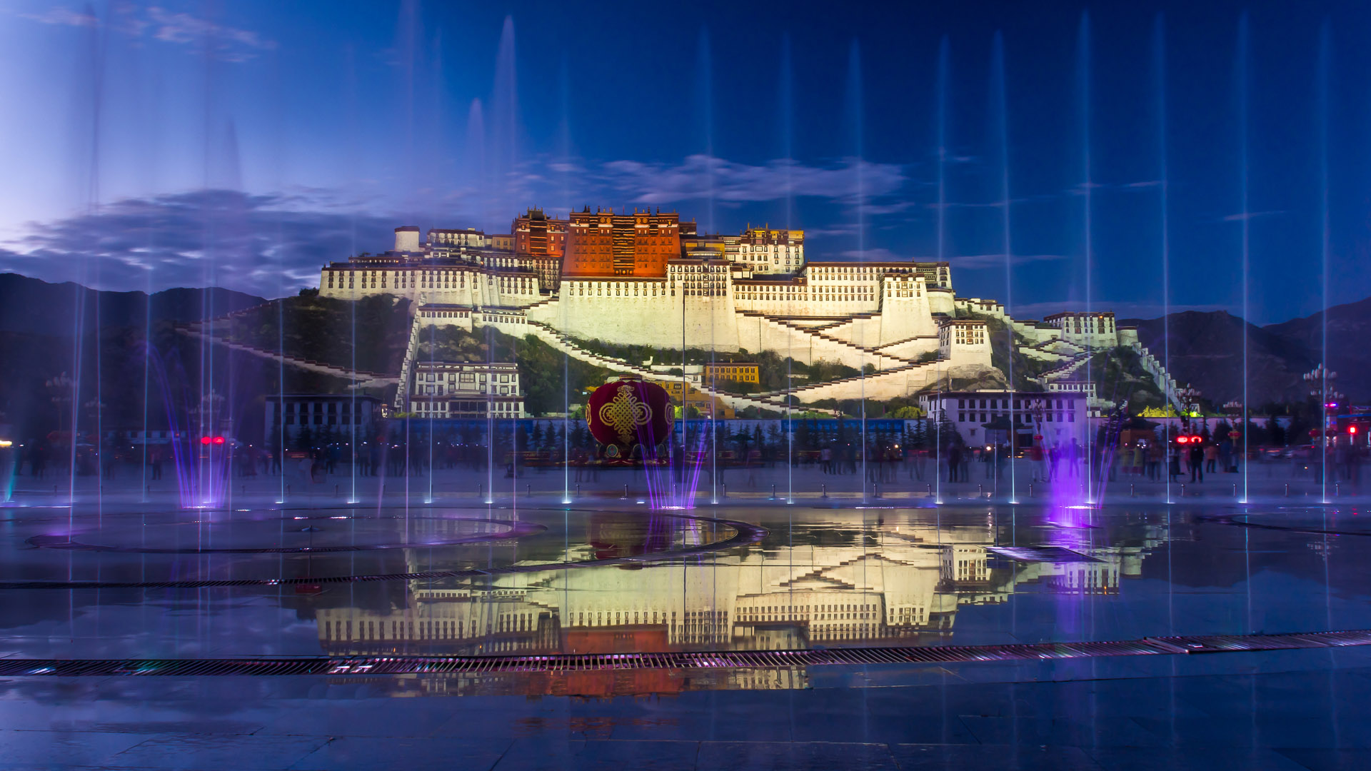 Daniel Poon – Potala Palace in magic hour – 2nd