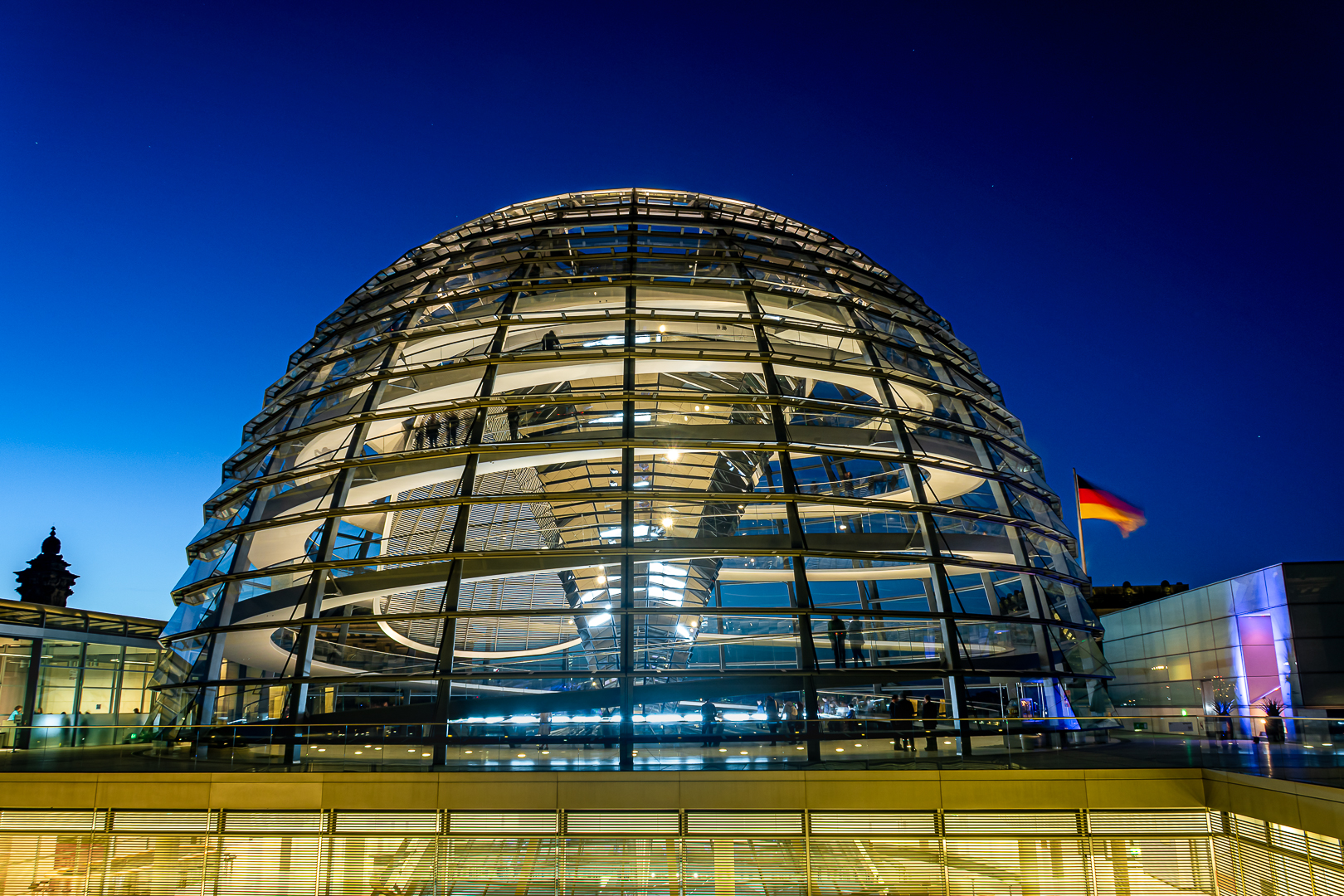 Daniel Poon – Berlin Reichstag Dome By Night – 2ND